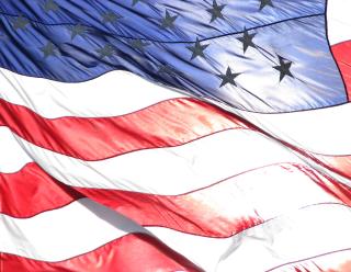 https://www.carpentersplace.org/wp-content/uploads/2013/10/American-flag-Vietnam-Veterans-Memorial-320x248.png